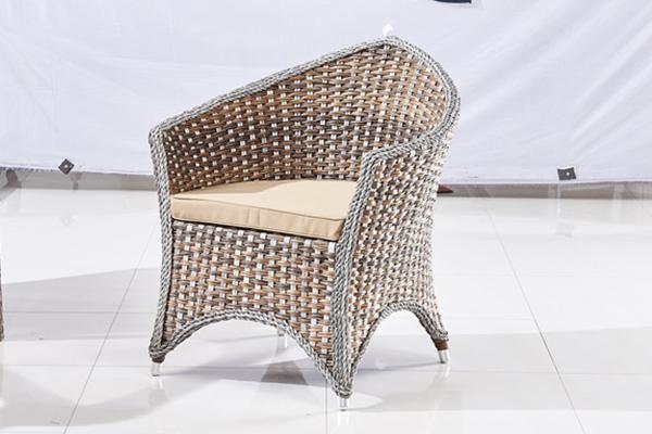 藤编家具在夏季的使用有多广泛呢?